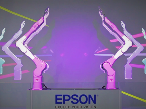 Robots Epson Bailarines